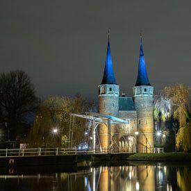 Zicht op Oostpoort Delft van Peter Sneijders
