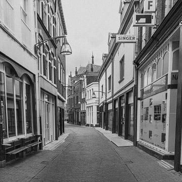 Lege winkelstraat | Deventer | Nederland van Marianne Twijnstra-Gerrits