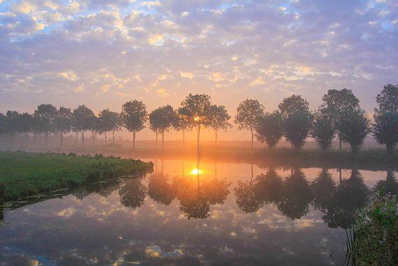 hemelse zonsopkomst van  Ab Donker