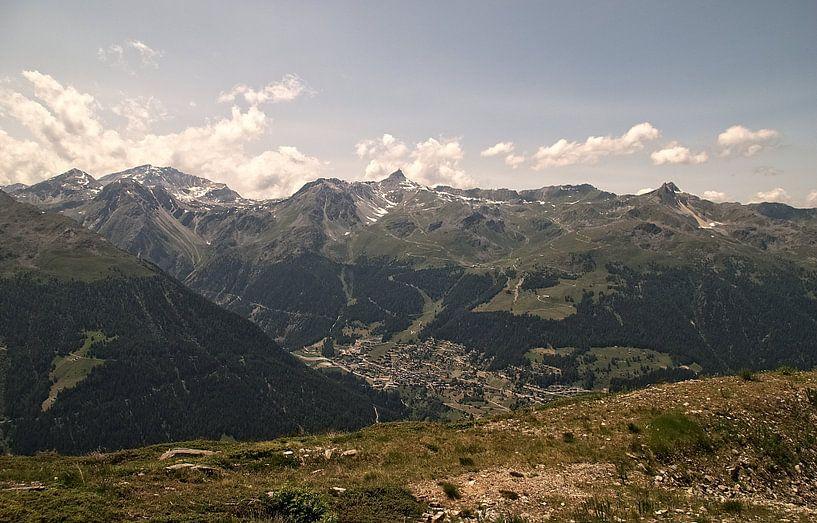 Het Dorp in de Vallei / Val d'Anniviers (Zwitserland) van Manuel Declerck