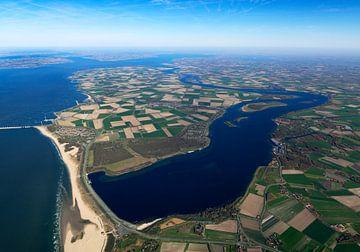 Blick auf die ehemalige Insel Noord-Beveland mit dem Veerse Meer auf der Südseite und der Oostersche von Sky Pictures Fotografie