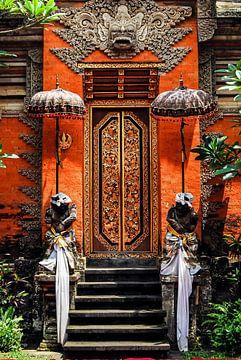 Eingang Hindu Tempel in Ubud Bali Indonesien von Dieter Walther