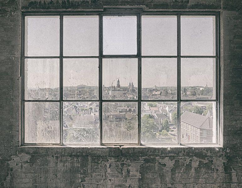 Verlaten plekken: Sphinx fabriek Maastricht uitzicht van Olaf Kramer
