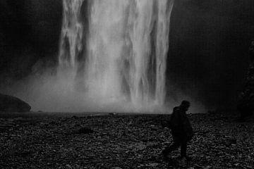 Waterval silhouet in IJsland van RUUDC Fotografie
