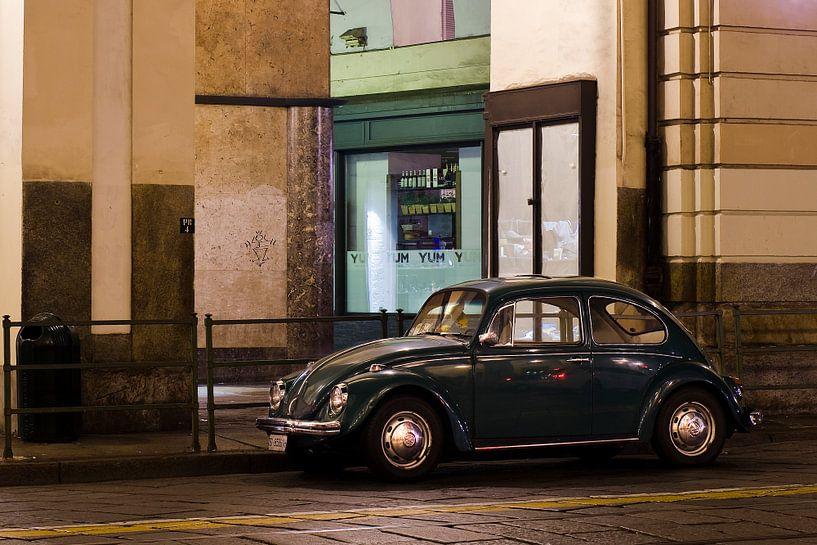VW Kever in Turijn van Vincent van Kooten