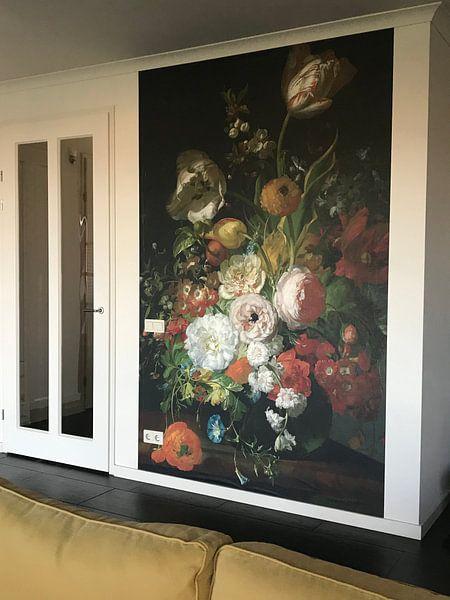 Klantfoto: Rachel Ruysch, Stilleven met bloemen in een glazen vaas van Meesterlijcke Meesters