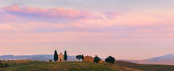 Panorama kapel Madonna di Vitaleta, Toscane, Italië van Henk Meijer Photography