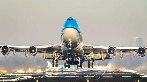 KLM Boeing 747 op weg naar een warmere bestemming van Dennis Janssen