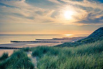 Zonsondergang in Zoutelande van Marcel Bakker