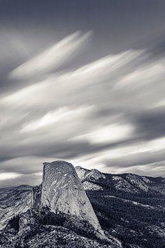 Half Dome tijdens de storm, Yosemite National Park, Californië, Verenigde Staten, VS, van Markus Lange
