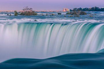 Zonsondergang bij de Horseshoe Falls, Niagara Falls van Henk Meijer Photography