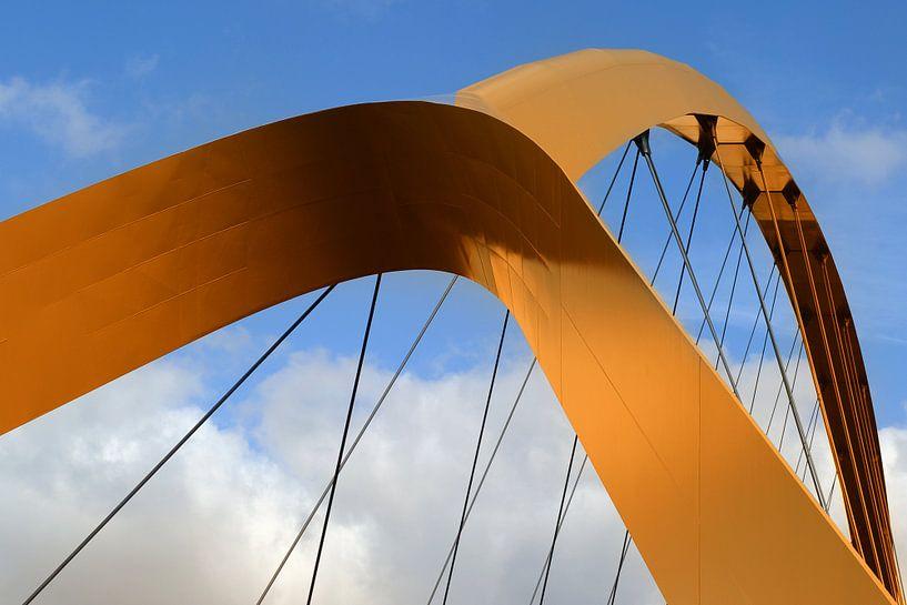 BRIDGE van Ria de Heij