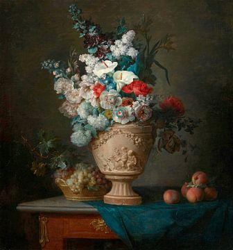 Blumenstrauss in einer Terrakotta-Vase mit Pfirsichen und Trauben, Anne Vallayer-Coster