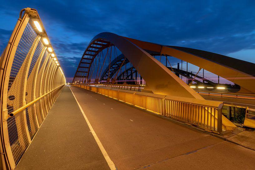 Drie bruggen over Amsterdam-Rijnkanaal Utrecht van André Russcher