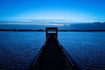 Blue Hour van Theo Urbach