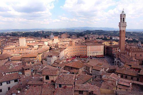 Uitzicht op Siena Piazza del Campo italië  von Nannie van der Wal