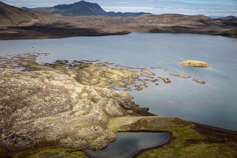 Meer in Landmannalaugar van Ab Wubben
