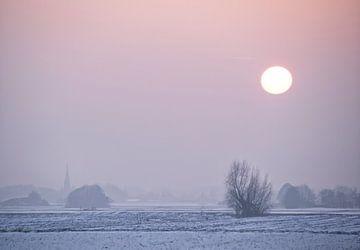 Winterlandschaft bei Sonnenuntergang. von Marcel van Balken