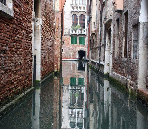 Venice Mirror van Jeroen Dontje
