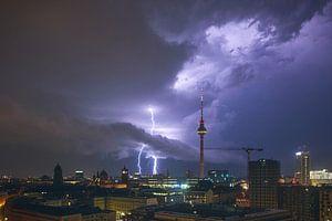 Gewitter in Berlin von Pierre Wolter