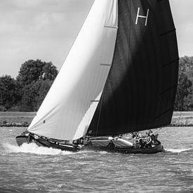 Skûtsje von Heerenveen, die Gerben van Manen, das klassische friesische Segelschiff Tjalk von Sjoerd van der Wal