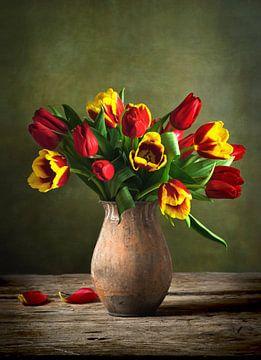 Bloemen Stilleven Met Rode En Gele Tulpen