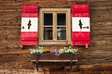 In Heiligenblut, Karinthië, vind je nog authentieke houten chalets van Jani Moerlands