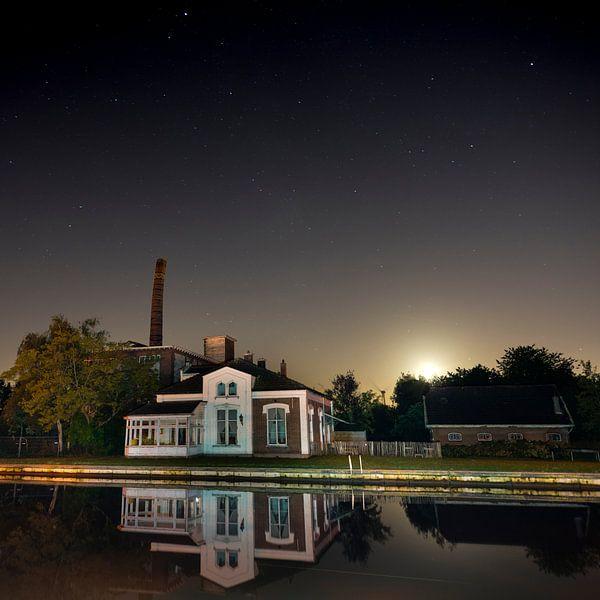 De oude dakpannenfabriek van Hazerswoude vierkant von Jack Vermeulen