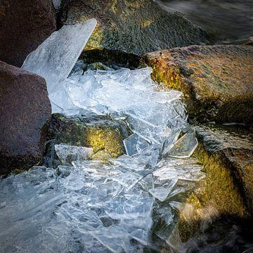 IJsschotsen op stenen van