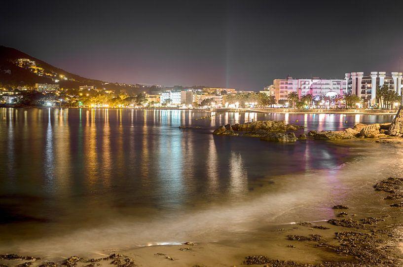Ibiza van Mark Bolijn