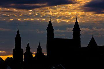 Kerken skyline van Maastricht van Anton de Zeeuw