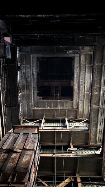 Hohe Fabrik von Tim Breusers