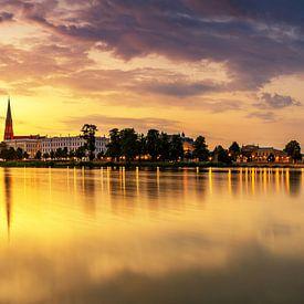 Schwerin Skyline im Sonnenuntergang von Frank Herrmann