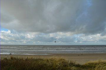 Nordsee unter grauer Wolkendecke. von Sigune italiaanser