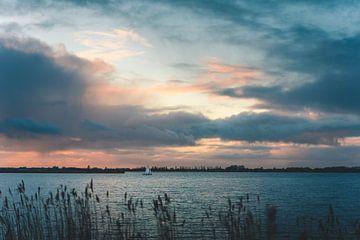 Boot op Sneekermeer van Isa V