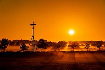 Lever de soleil à Ooij près de Nimègue sur Henk Kersten