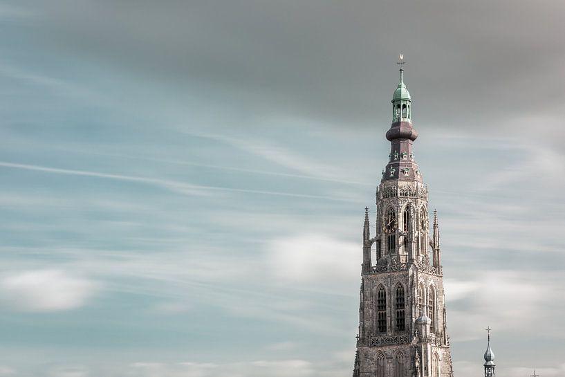 Grote Kerk Breda in pasteltinten van JPWFoto