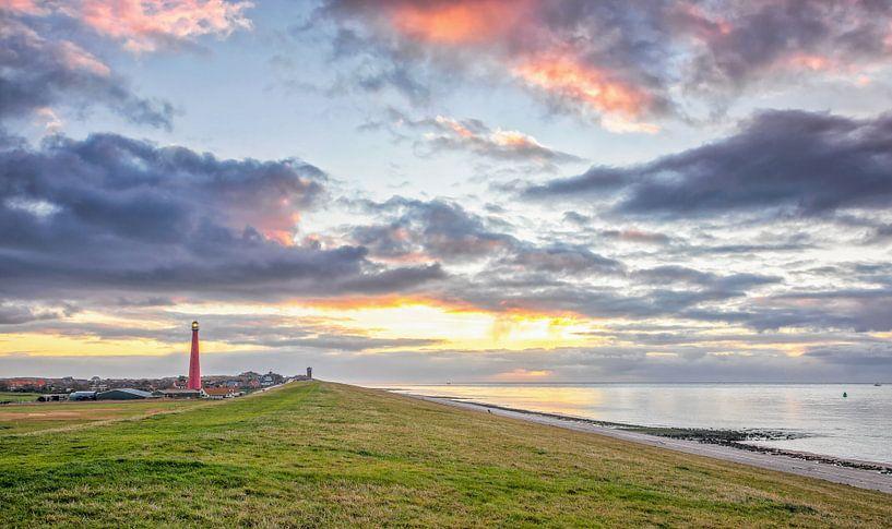 Zonsondergang Huisduinen, Den Helder / Sunset in Den Helder van Justin Sinner Pictures ( Fotograaf op Texel)