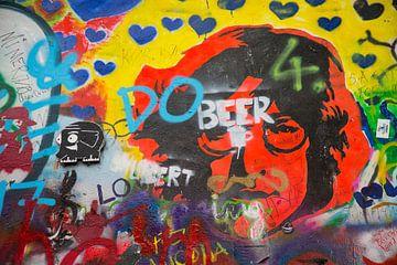 John Lennon muur in Praag, Tsjechie van Joost Adriaanse