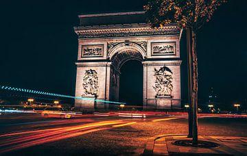 Arc de Triumph by night van Joris Pannemans - Loris Photography