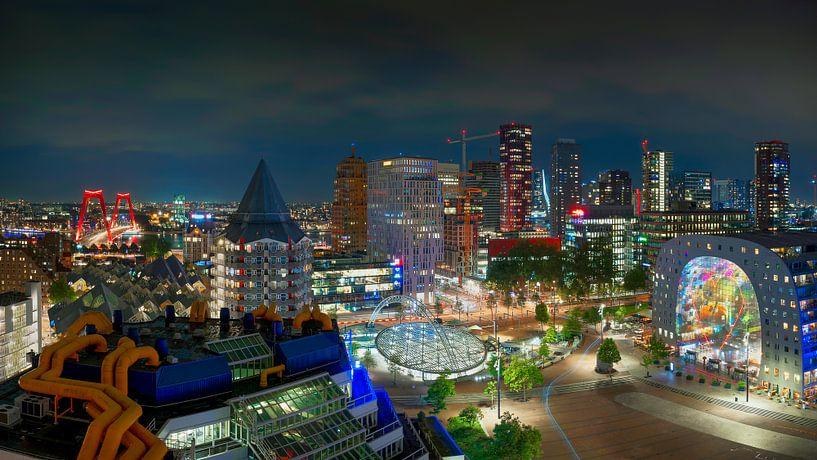 Rotterdam Skyline van Thom Brouwer