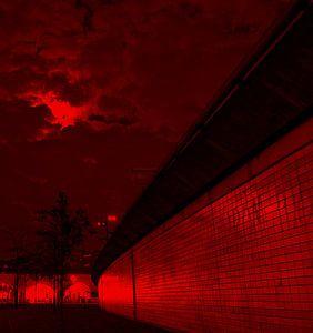 Rotterdam, de Hofbogen met avond lucht van