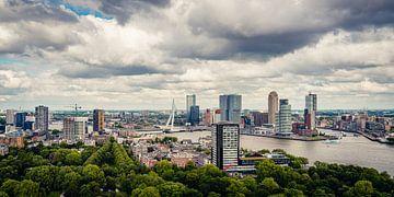 Die Skyline von Rotterdam vom Euromast aus (2:1) von Lolke Bergsma