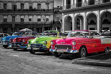 Havana Cuba Oldtimer van Carina Buchspies