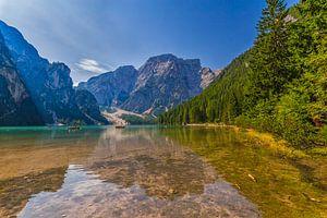 Lago di Braies in de Dolomieten, Italië - 1 van