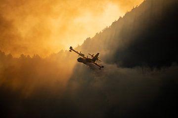 Feu de forêt, Italie - 01 sur Jorn Wilms