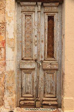 Oude antieke houten deur van Bobsphotography