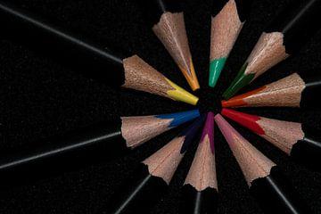 Een rondje kleuren op een zwarte achtergrond
