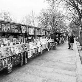 Boekenstalletjes aan de Seine in Parijs van Loek van de Loo