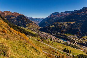 Zicht op Airolo, Zwitserland van Adelheid Smitt